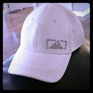 Adidas hat white white Adidas hat very nice
